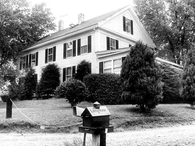 farmhouse-640x480